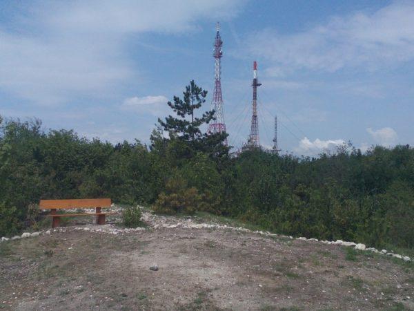 Франгенско плато - изглед към ТВ кула Варна