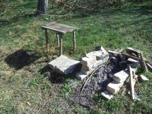 Място за пикник в гората край Белослав