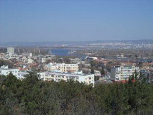 Маршрут Аспарухово - Боровец - изглед към Аспарухов мост от гората над Аспарухово