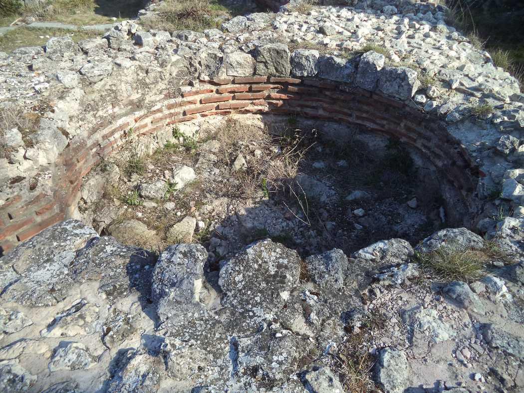 Останките на раннохристиянска базилика край кв. Аспарухово - красива архитектура