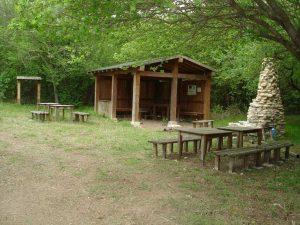 """Екопътека парк """"Златни пясъци"""" - уредено място за пикник със заслон и масивно барбекю край Кранево - общ план"""