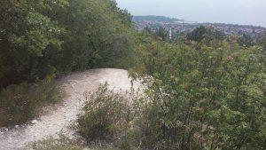 Изглед от покрива на бункера до ТВ кула Варна към кв. Виница