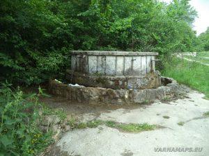 Кръглата чешма в местност Лагера над с. Староселец