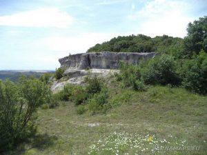 Скални образувания над с. Невша
