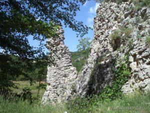 Скален феномен Чудните скали - при скалите