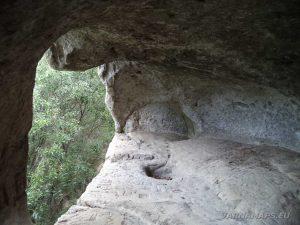 Рояшки скален манастир - изглед отвътре