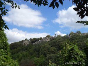 Рояшките скали - изглед отдалече