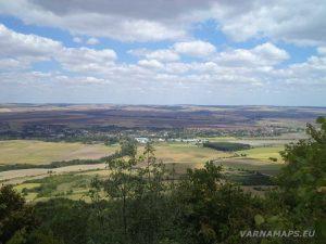 Местност Тъпаните - изглед към с. Блъсково