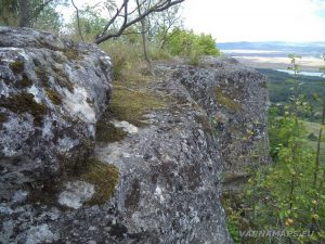 Местност Тъпаните - красотата на скалните масиви