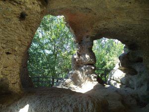 """Скален манастир """"Монасите"""" - поглед отвътре"""