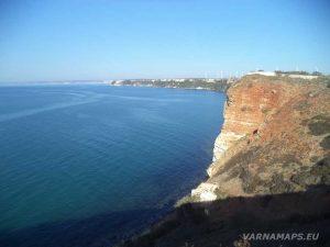 """Нос Калиакра - панорамен изглед от скалите край """"Портата на 40-те девици"""""""