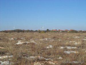 """Резерват """"Яйлата"""" - изглед към Камен бряг от границите на резервата"""