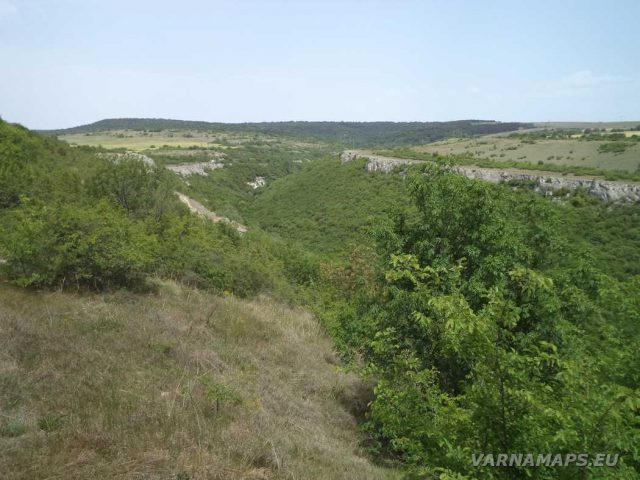 Крепост Овеч - изглед към долината