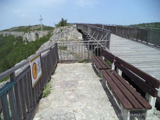 Крепост Овеч - панорамна тераса на моста
