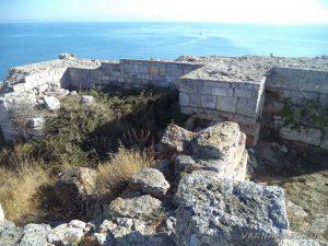 нос Калиакра - крепоста стена