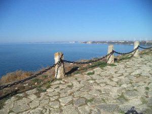 Нос Калиакра - изглед към морето от алеята
