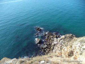 Нос Калиакра - панорамна тераса - поглед към скалите