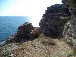 Камен бряг - скална тераса