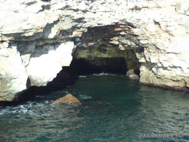 Екопътека Тюленово - подводна пещера край селото