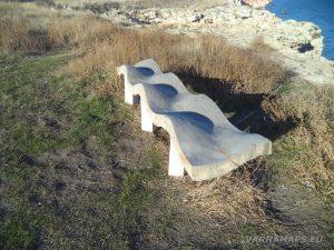 Екопътека Тюленово - интересната пейка край Арката