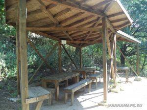 Скален манастир Монасите - място за пикник