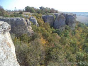 Красивите скали в местност Бобата