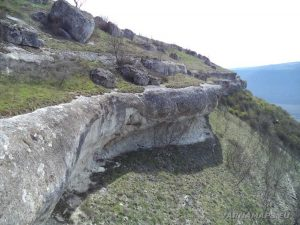 Венчанско кале - красотата на скалния венец