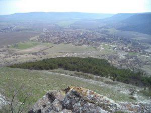 Венчанско кале - изглед от платото към Венчан