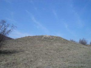 Венчанско кале - Вълчова могила отдалече
