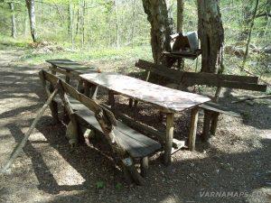 Място за пикник в близост до водопад Орлов камък