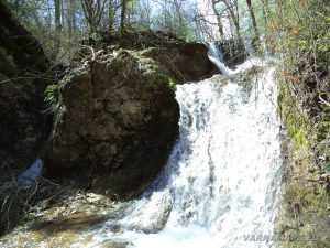 Водопад Орлов камък - поглед отдолу