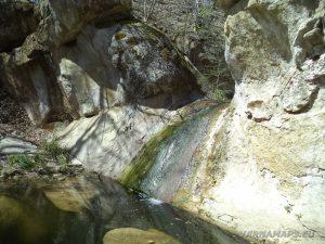 """Водопад """"малкия"""" Скок - поглед отблизо"""