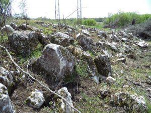Провадийското плато - останки от крепостна стена