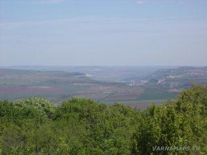 Местност Канарата - изглед към Провадия от Канарата