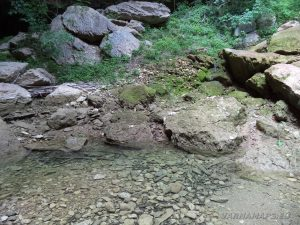 """Екопътека """"Веселиново"""" - водопад Скока - езерото под водопада"""