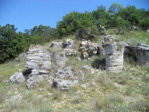 Побити камъни - група Авренска поляна - каменни колони