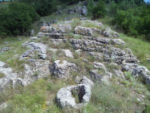 Побити камъни - група Авренска поляна - каменни стъпала