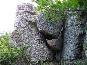 Местност Капладжата - причудливите скални форми на канарата