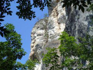 Местност Водениците - склания масив под Козята пещера