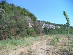 """Скално светилище """"Баджалията"""" - скалните форми из каньона по маршрута"""